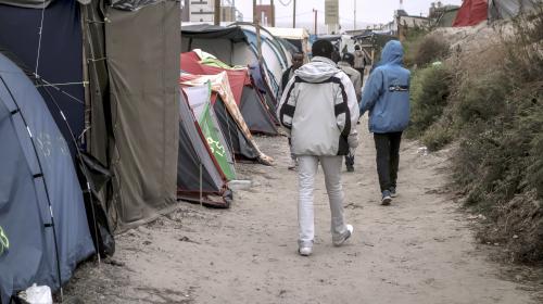 """Calais : le démantèlement de la """"Jungle"""" débutera lundi"""