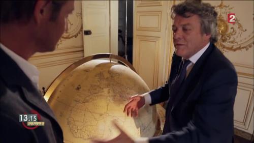 """VIDEO. """"13h15"""". Le combat de Jean-Louis Borloo pour électrifier l'Afrique"""