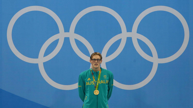 un champion olympique de natation se fait enlever un grain de beaut suspect gr ce un fan. Black Bedroom Furniture Sets. Home Design Ideas