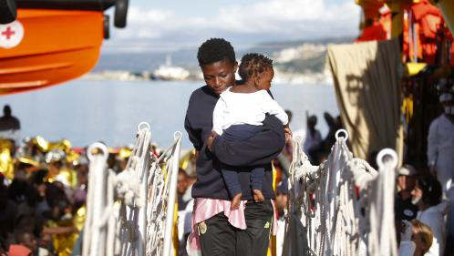 Migrants : l'Italie passe à l'action
