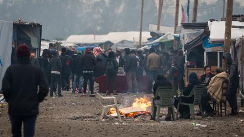 DIRECT. Calais : le démantèlement du camp de migrants se poursuit