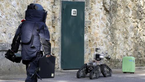 Antiterrorisme: les démineurs sont intervenus à plus de 4000 reprises en France en 2016