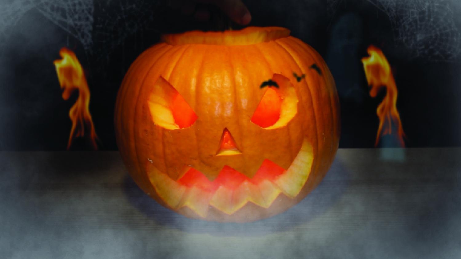 Pour Halloween, Sculptez Une Citrouille (puis Mangez La En Chips De Légume)  !