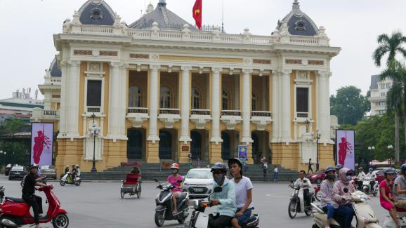 Fran ais du monde cuisine de rue la sauce fran aise au for Chambre de commerce francaise au vietnam