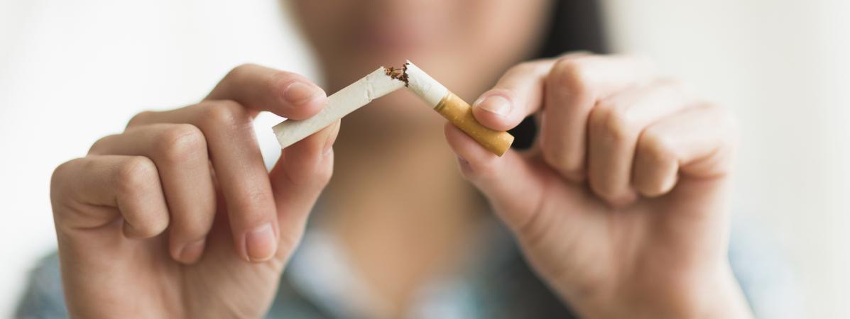 """Le ministère de la Santé lance le 1er novembre 2016 le """"Moi(s) sans tabac"""", une opération destinée à inciter les fumeurs à arrêter de fumer pendant 30 jours."""