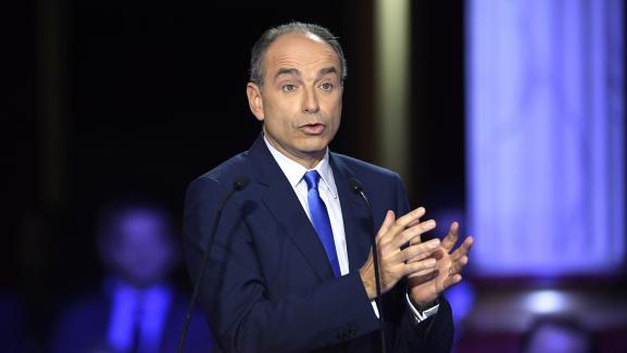 Jean-François Copélors du deuxième débat télévisé entre les candidats à la primaire à droite, le 3 novembre 2016.