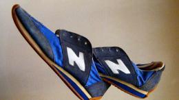 nouveau canular brûlant de chaussure d'équilibre
