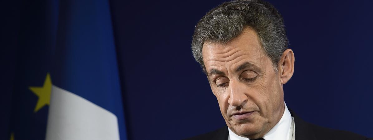 Nicolas Sarkozy le soir de sa défaite au premier tour de la primaire à droite, dimanche 20 novembre, à Paris.