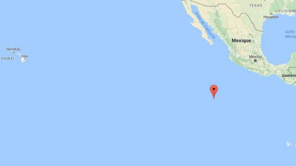 L\'île de Clipperton se situe au large du Mexique, dans l\'océan pacifique.