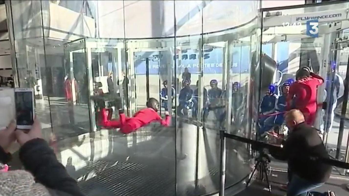 simulateur chute libre paris centre commercial