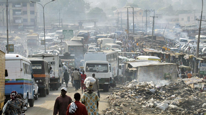 c 39 est comment ailleurs la pollution de l 39 air au nigeria. Black Bedroom Furniture Sets. Home Design Ideas