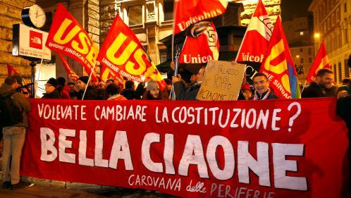 """Référendum en Italie : que va changer la victoire du """"non"""" à la réforme constitutionnelle?"""