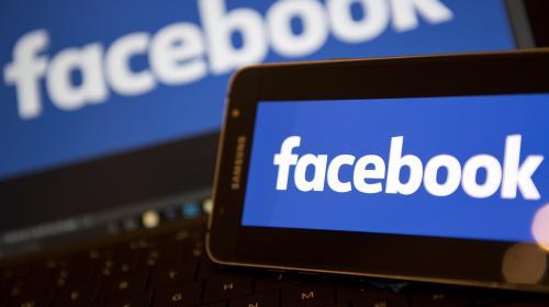 La présidentielle et l'Euro, sujets les plus discutés sur Facebook en France en 2016