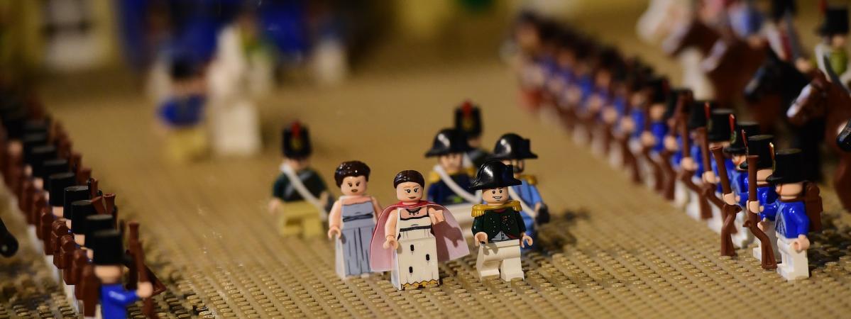 En 1er De Monde Lego Le Napoléon À Châteauroux 3RjA54Lq