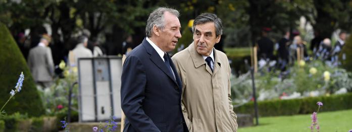 """Bayrou dément un """"pacte"""" avec Fillon, Bedos soutient Montebourg, le FN vent debout contre un film..."""