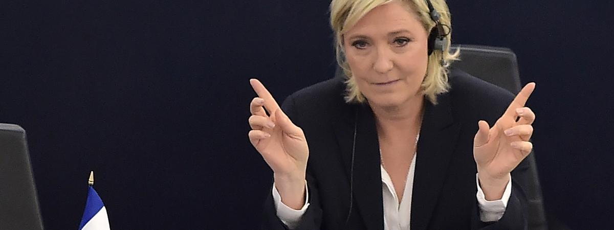 Marine Le Pen participe à une session plénière du Parlement européen, le 5 juillet 2016, à Strasbourg (Bas-Rhin).
