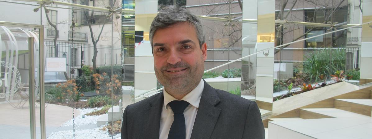 Olivier Régis, candidat à l\'élection présidentielle, jeudi 5 janvier 2017, dans ses bureaux à Paris.