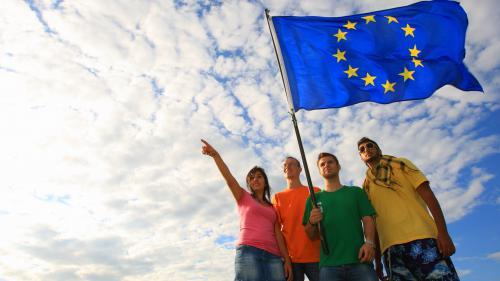 Erasmus fête ses 30 ans : pourquoi les étudiants étrangers choisissent-ils la France ?
