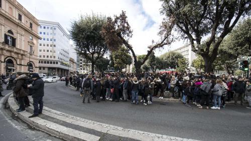 VIDEO. A Rome, les écoles et bâtiments publics évacués après des secousses sismiques