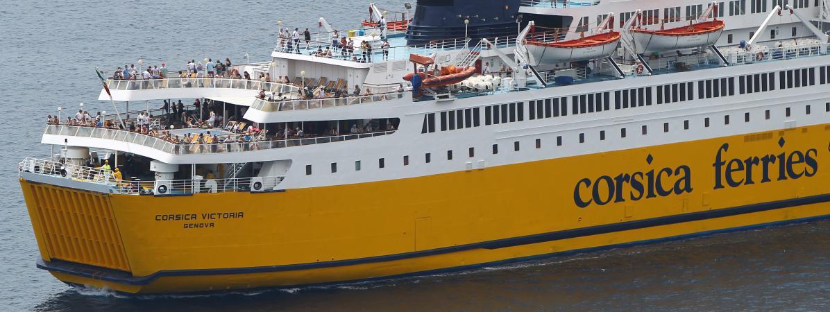 Un navire corsica ferries finit par rallier le port de bastia apr s avoir t bloqu 24 heures - Bateau bastia nice ...