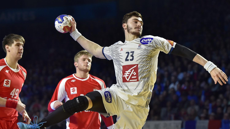 mondial de handball la france bat la pologne 26 25 et affrontera l 39 islande en huiti mes. Black Bedroom Furniture Sets. Home Design Ideas