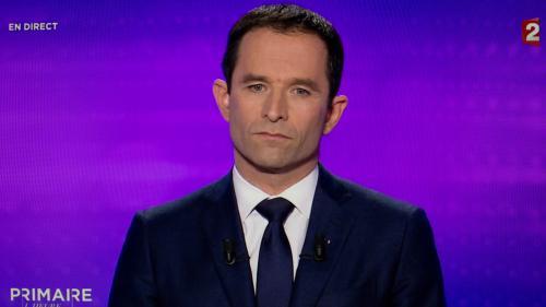VIDEO. Primaire de la gauche : Benoît Hamon attaqué de toutes parts sur le revenu universel