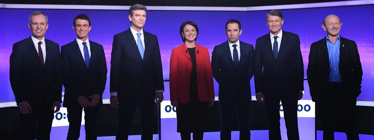 Les sept candidats à la primaire de la gauche,Francois de Rugy, Manuel Valls, Arnaud Montebourg, Sylvia Pinel, Benoît Hamon, Vincent Peillon, Jean-Luc Bennahmias, le 19 janvier 2017.