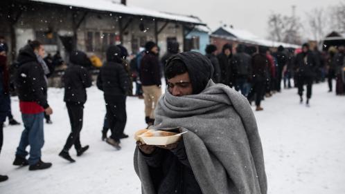 Vague de froid en Europe : 23 000 enfants migrants en danger en Grèce et dans les Balkans