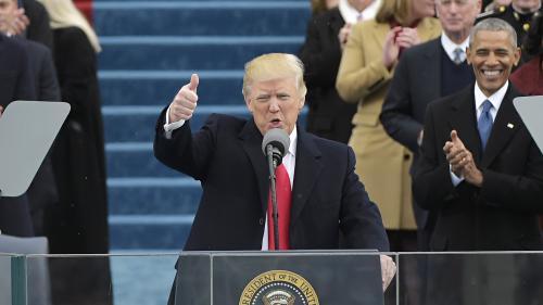 """VIDEO. """"Ce sera l'Amérique d'abord"""" : revivez le premier discours du président Donald Trump"""