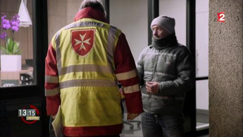 """VIDEO. """"13h15"""". Froid : """"Toujours considérer les malades et les pauvres comme des frères"""""""