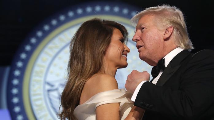 VIDEO. La danse de Donald et Melania Trump en ouverture du bal d'investiture