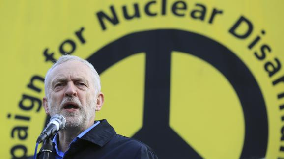 The leader of the labour party, Jeremy Corbin delivers a speech during a demonstration against the program Trident, February 27, 2016 in London (United Kingdom).