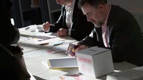 Primaire de la gauche : le PS et la droite s'écharpent à propos des chiffres de participation