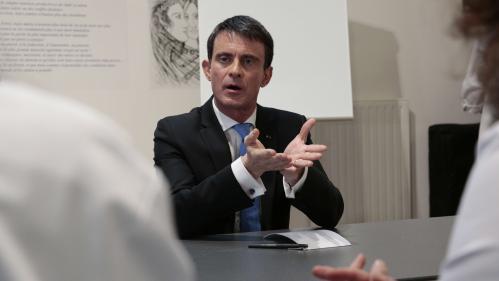 """Primaire de la gauche : Valls accuse Hamon """"d'ambiguïtés"""" sur l'islam radical, il provoque une polémique au PS"""