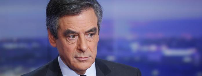 Fillon voit sa popularité baisser, Mélenchon s'énerve, Hamon et Valls font campagne...