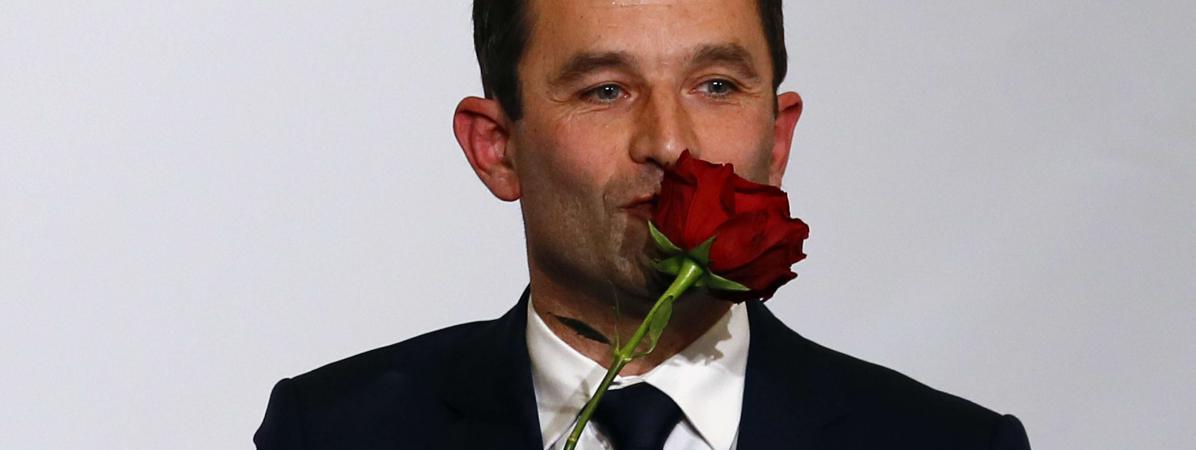 Le candidat du PS et de ses alliés à l\'élection présidentielle, Benoît Hamon, le 29 janvier 2017, au soir du second tour de la primaire de la gauche.