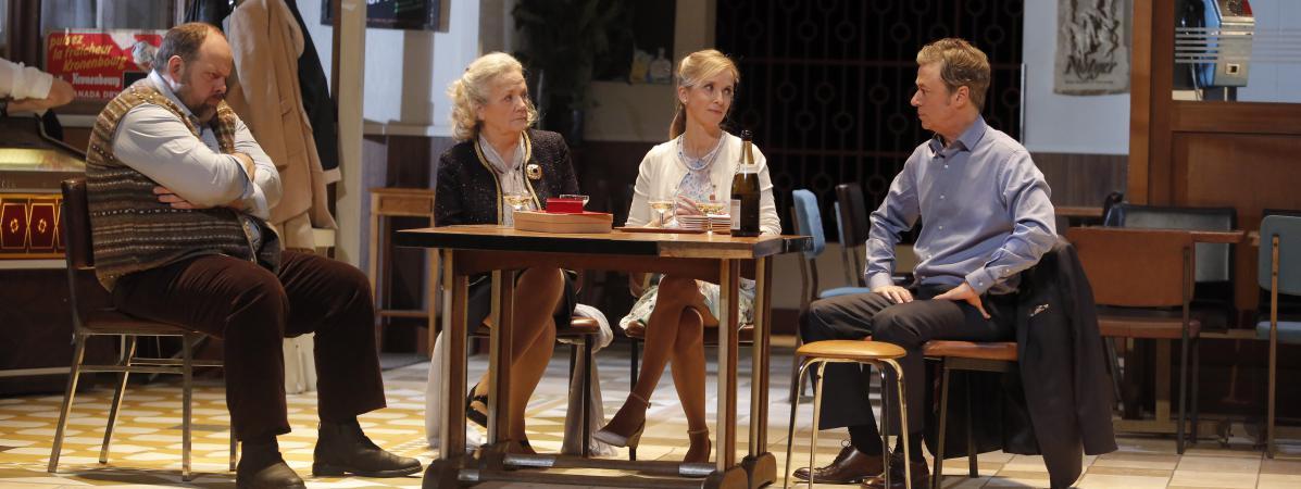 """théâtre : plus de 20 ans après leurs créations, """"un air de famille"""