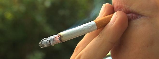 interdiction de fumer dans les lieux publics une loi pour rien. Black Bedroom Furniture Sets. Home Design Ideas
