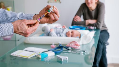 Huit questions que les parents se posent forcément sur la vaccination obligatoire