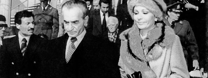"""Résultat de recherche d'images pour """"la révolution contre le Shah"""""""""""