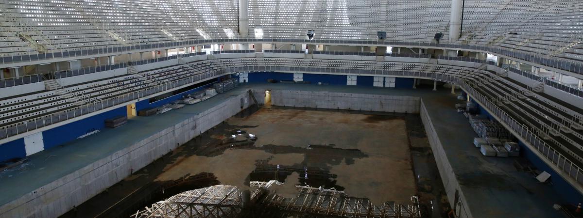 En images six mois apr s les jeux de rio les for Club de natation piscine parc olympique