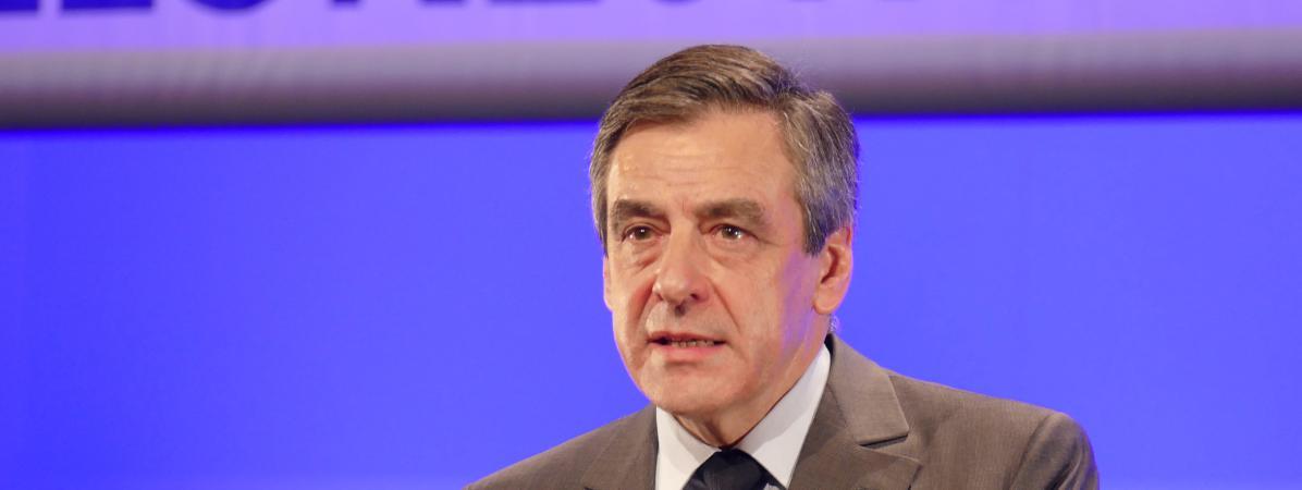 François Fillon, candidat de la droite à la présidentielle, lors d\'un discours à Chasseneuil-du-Poitou (Vienne), le 9 février 2017.