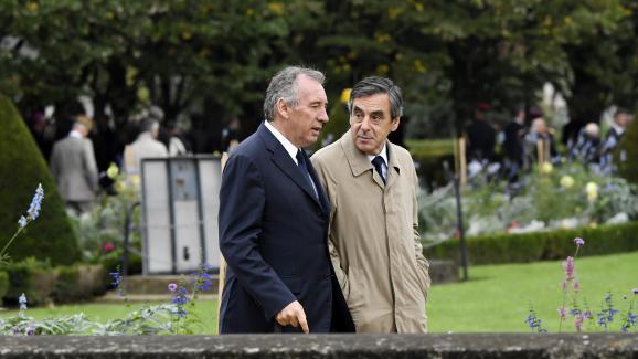 François Bayrou et François Fillon, à Paris, le 19 septembre 2016.