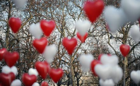 Saint-Valentin : les chansons d'amour Nouvel Ordre Mondial, Nouvel Ordre Mondial Actualit�, Nouvel Ordre Mondial illuminati