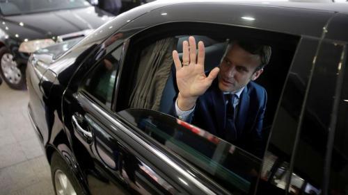 En déplacement à Londres, Emmanuel Macron rencontre la Première ministre Theresa May