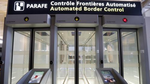 """Sas de reconnaissance faciale à Roissy et à la gare du Nord : """"Les données stockées sont aussitôt effacées"""""""