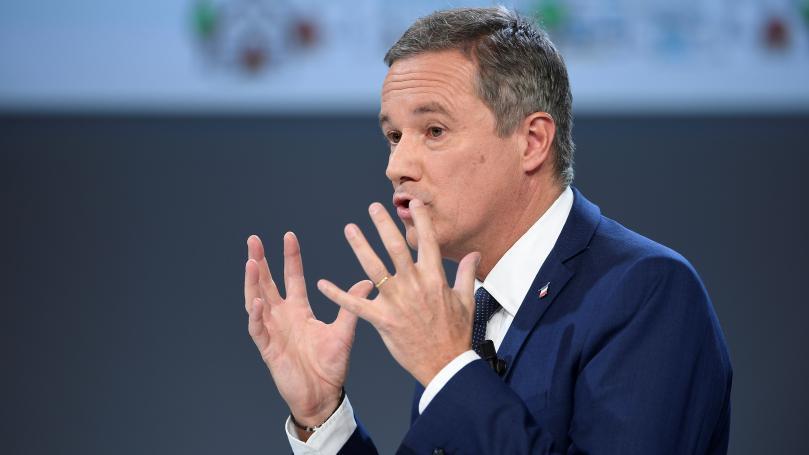 """Un débat entre les """"gros"""" candidats sur TF1: Dupont-Aignan dénonce """"un viol démocratique"""""""