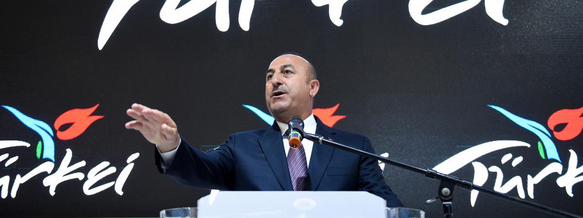 Le ministre de Affaires étrangères turc Mevlut Cavusoglu, lors d'une foire du tourisme, à Berlin (Allemagne), le 8 mars 2017.