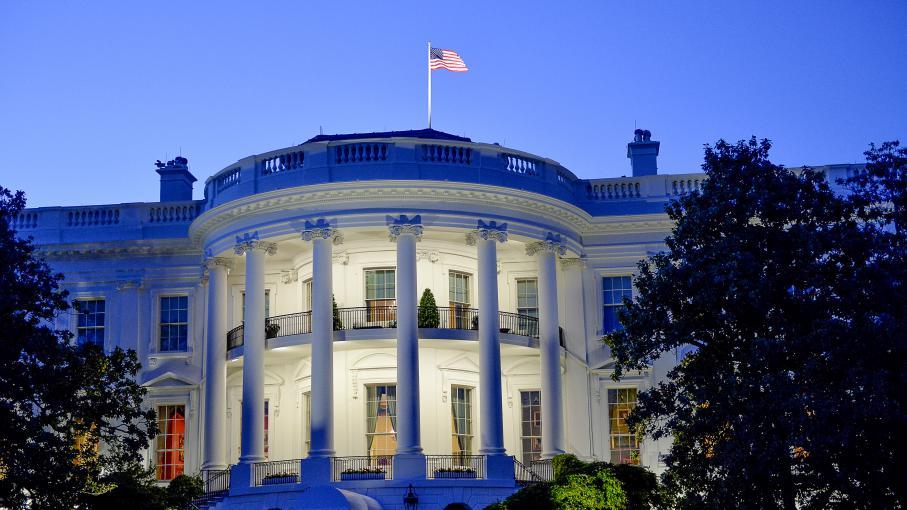 Tats unis scandales en s rie la maison blanche for Ambassade de france washington visite maison blanche