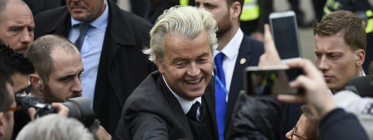 Le candidat aux élections législatives néerlandaises, Geert Wilders, lors de l\'un de ses rares déplacements en public, à Heerlen(Pays-Bas), le 11 mars 2017.